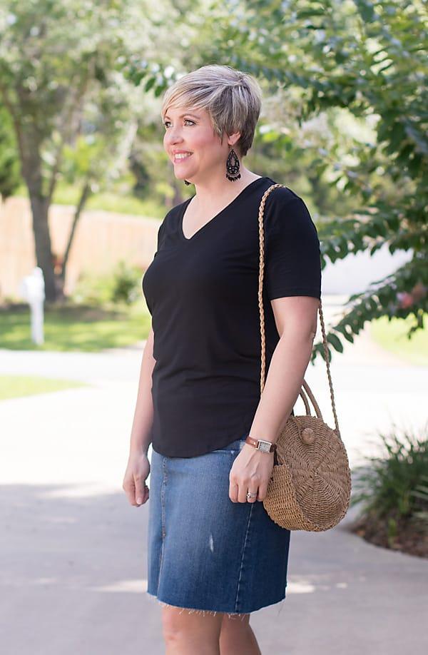 straw bag, denim skirt outfit