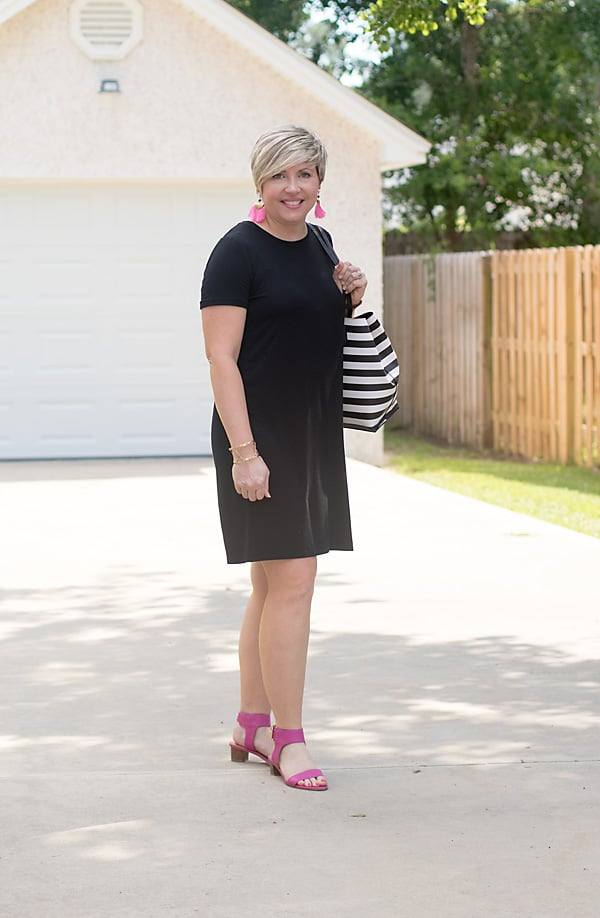 black tee shirt dress outfit