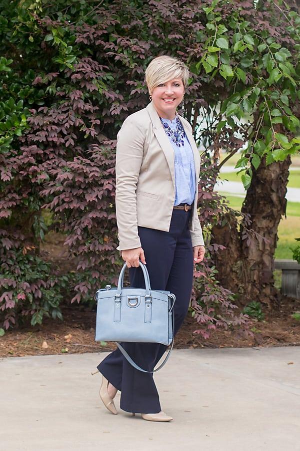 monochromatic outfit, beige blazer, work attire
