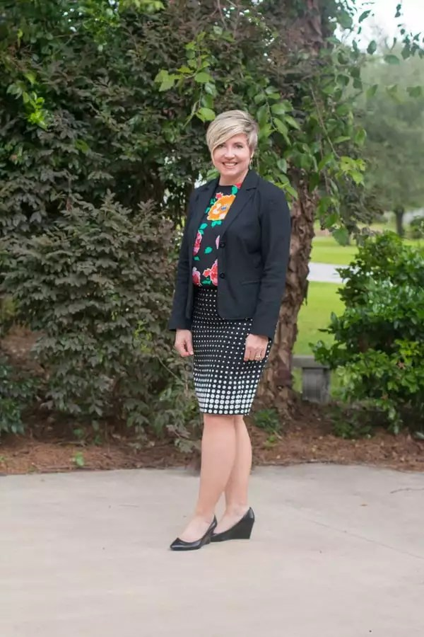 pencil skirt outfit, black blazer outfit, pattern mixing, work attire, womens offfice outfit