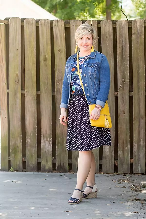 pattern mixing spring outfit