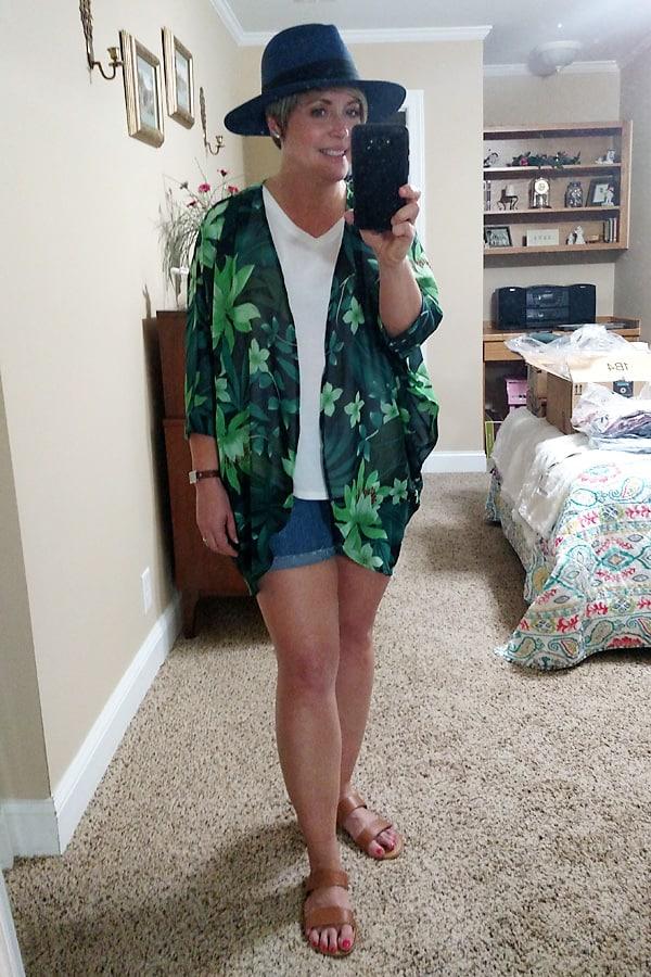 Amazon fashion finds, kimono and straw panama hat
