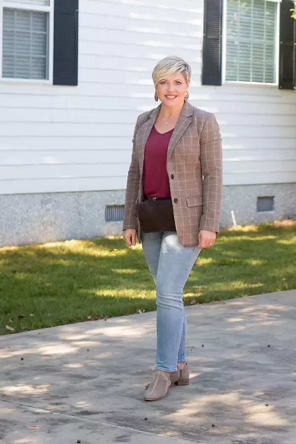 plaid blazer weekend outfit