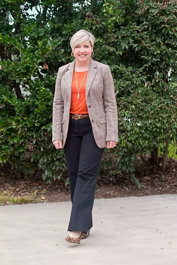 womens fall office outfit