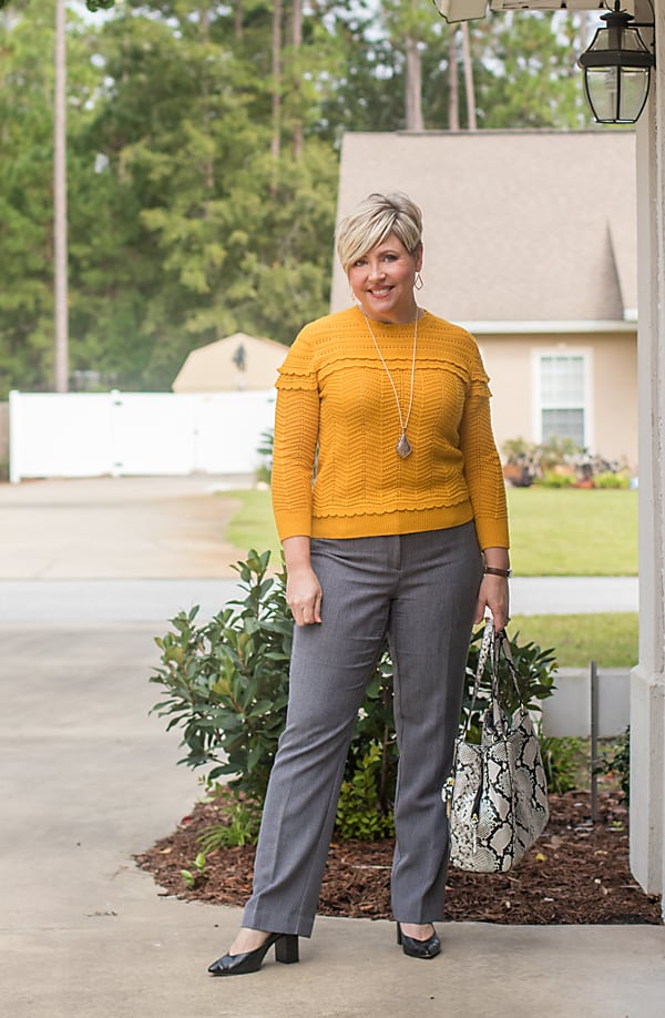 mustard sweater for fall office outfit