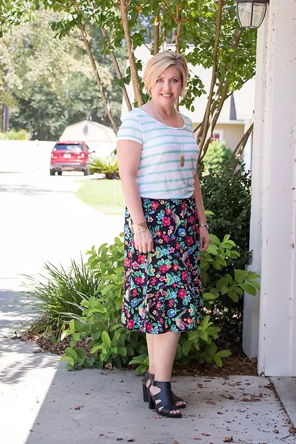 floral and stripes pattern mixing outfit