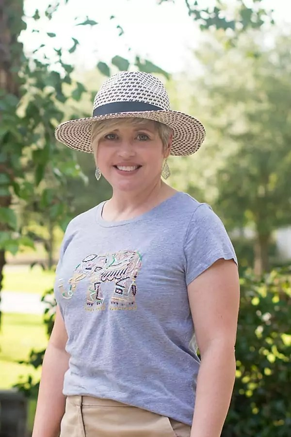how to look good in a hat, womens' summer hat outfit