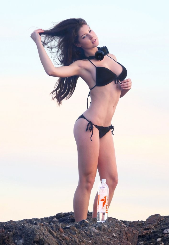 Amanda Cerny Archive SAWFIRST Hot Celebrity Pictures