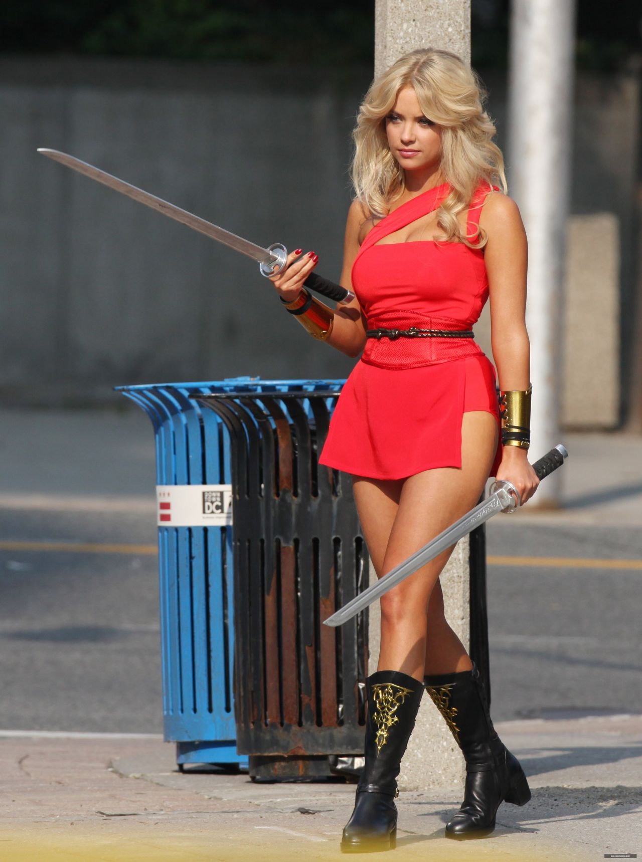Ashley Benson Pixels 9 SAWFIRST Hot Celebrity Pictures