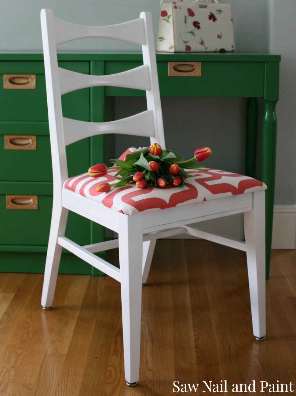 Kelly Green And Coral Mid Century Desk And Chair Saw