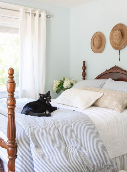 blue and white vintage bedroom Vintage + Thrifted Blue and White Bedroom Makeover - Saw Nail and Paint