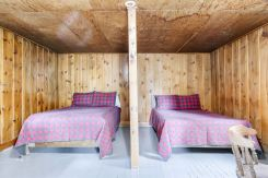 Cabin 3 Beds