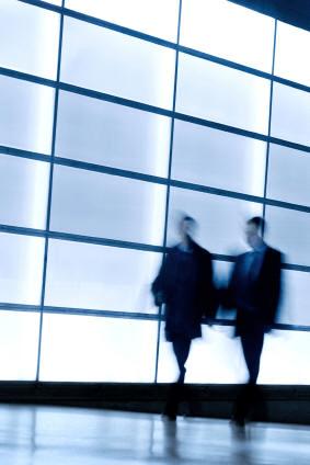 image_walking_people
