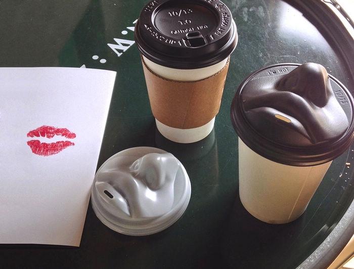 kiss_coffee_lid_2