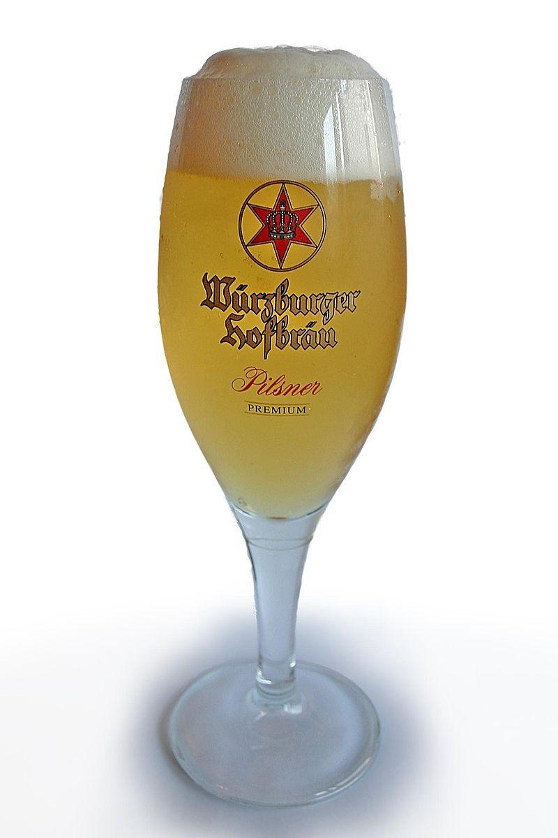 800px-Beer_wuerzburger_hofbraue_v