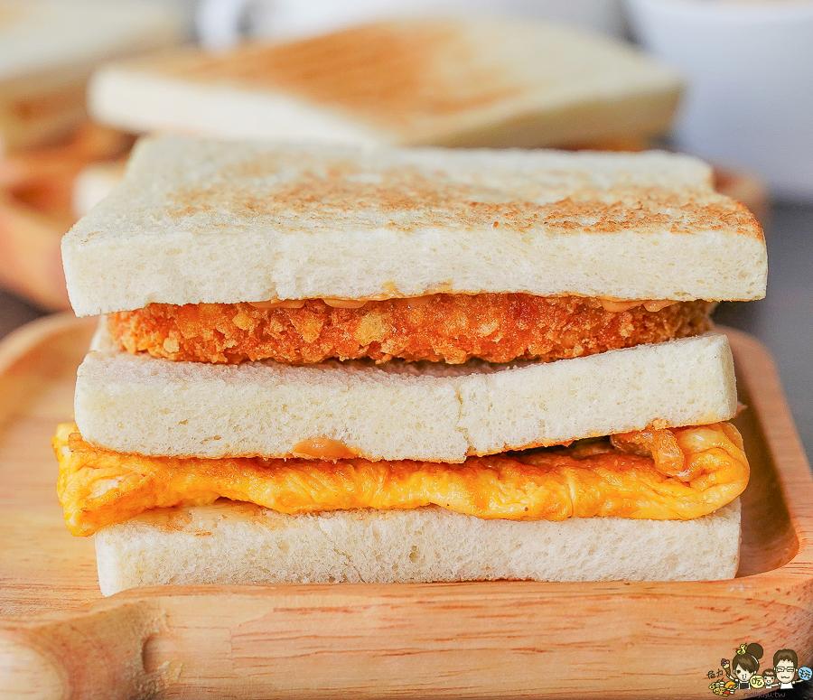 高雄早餐 早午餐 喜得 吐司 概念館 新潮 日系 時尚 網美 炭火 三明治 炭烤