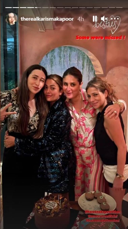 حفل يوم ميلاد كاريشما كابور بحضور أقرب أصدقائها وأفراد أسرتها - الصورة من موقع Indian Express