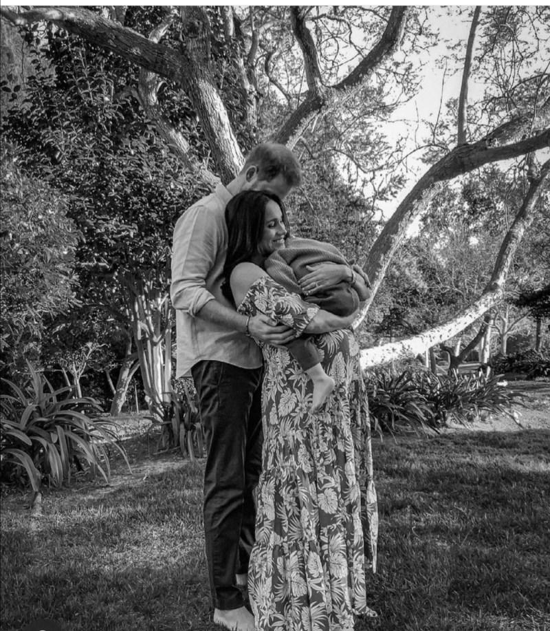 ميغان ماركل والأمير هاري وابنهما آرتشي- الصورة من حساب ميغان ماركل على إنستغرام
