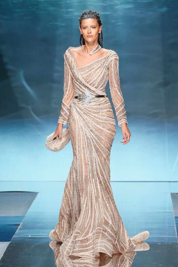 فستان من تصميم زياد نكد