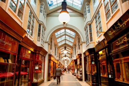 Burlington Arcade, el primer centro comercial de la historia