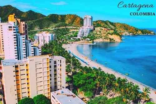 un día soleado en la costa de Cartagena