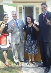 SBDC Directors Eileen Rodriguez and Yanina Rosario, Mayor Bob Buckhorn,  and Wells Fargo Regional President Carl Miller