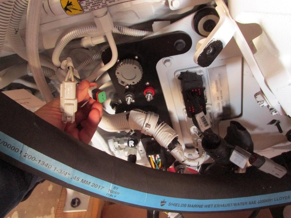 medium resolution of qsb water in fuel sensor location