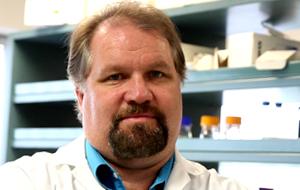 Dr. Gordon Glazner