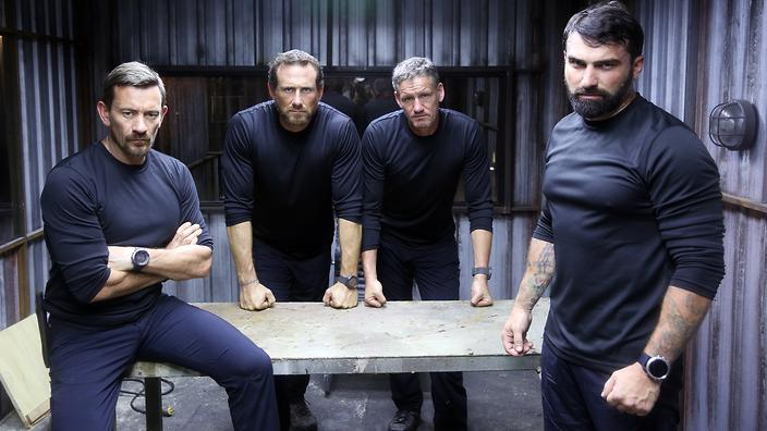 Fall Feather Wallpaper Can You Handle It Sas Who Dares Wins Is Back Guide