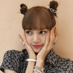 BLACKPINK's Lisa is now the K-pop idol with most Instagram followers