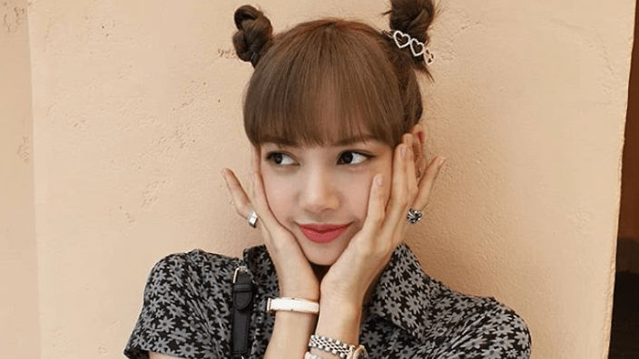 BLACKPINKs Lisa is now the Kpop idol with most Instagram