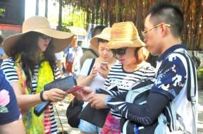 26.2.2017 Mỗi tháng có gần 44 ngàn lượt khách Trung Cộng đến Nha Trang – Anh