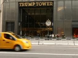 Laptop của sở Mật Vụ chứa thông tin về Donald Trump & Hillary Clinton bị ăn cắp
