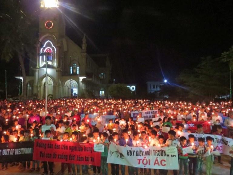 19 Linh mục Nghệ An phản đối nhà cầm quyền Nghệ An đấu tố hai Linh mục Đặng Hữu Nam và Nguyễn Đình Thục