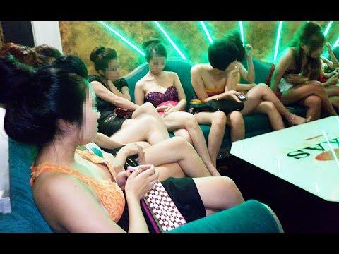 Malaysia bắt 40 phụ nữ Việt và Trung Hoa bán dâm cho các ông Singapore lớn tuổi