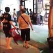 Image result for Du khách Trung Cộng ăn quịt bị dân Nha Trang rượt đánh