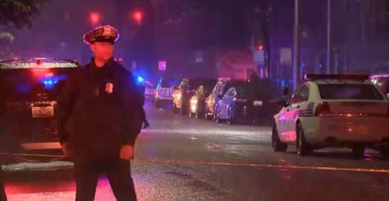 Kết quả hình ảnh cho Đấu súng ở Baltimore- một cảnh sát bị thương, nghi can thiệt mạng