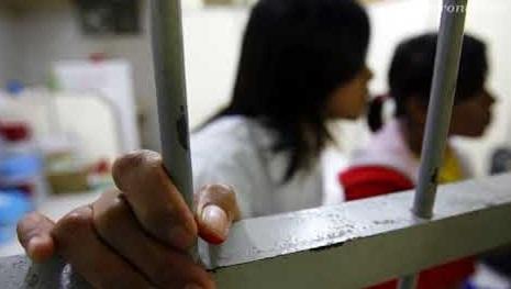 Bốn cô gái Việt Nam tình nghi làm nghề mãi dâm bị bắt tại Đài Loan
