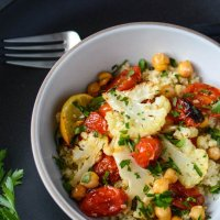 Roasted cauliflower, tomato and chickpea bowl