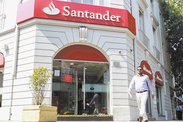 SCAN_20190504_Inteligencia-competitiva_Santander-espera-recuperar-terreno-en-utilidades