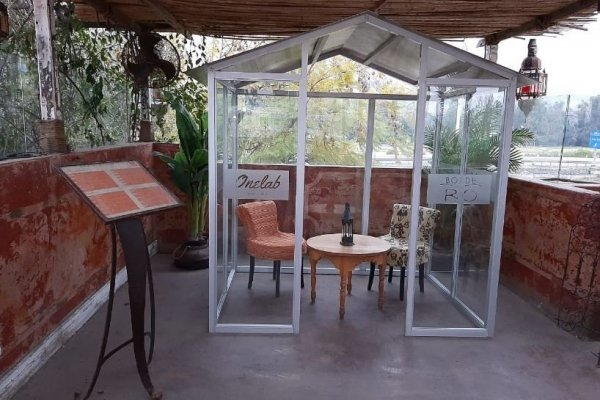 SCAN_Investigación-de-mercado_20200815_Restaurant-zanzibar-se-alista-para-reapertura-instalara-casetas-de-vidrio