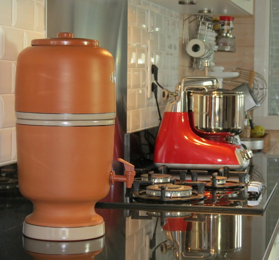Fontaine a eau stfani avec filtre  charbon actif  Scandivie
