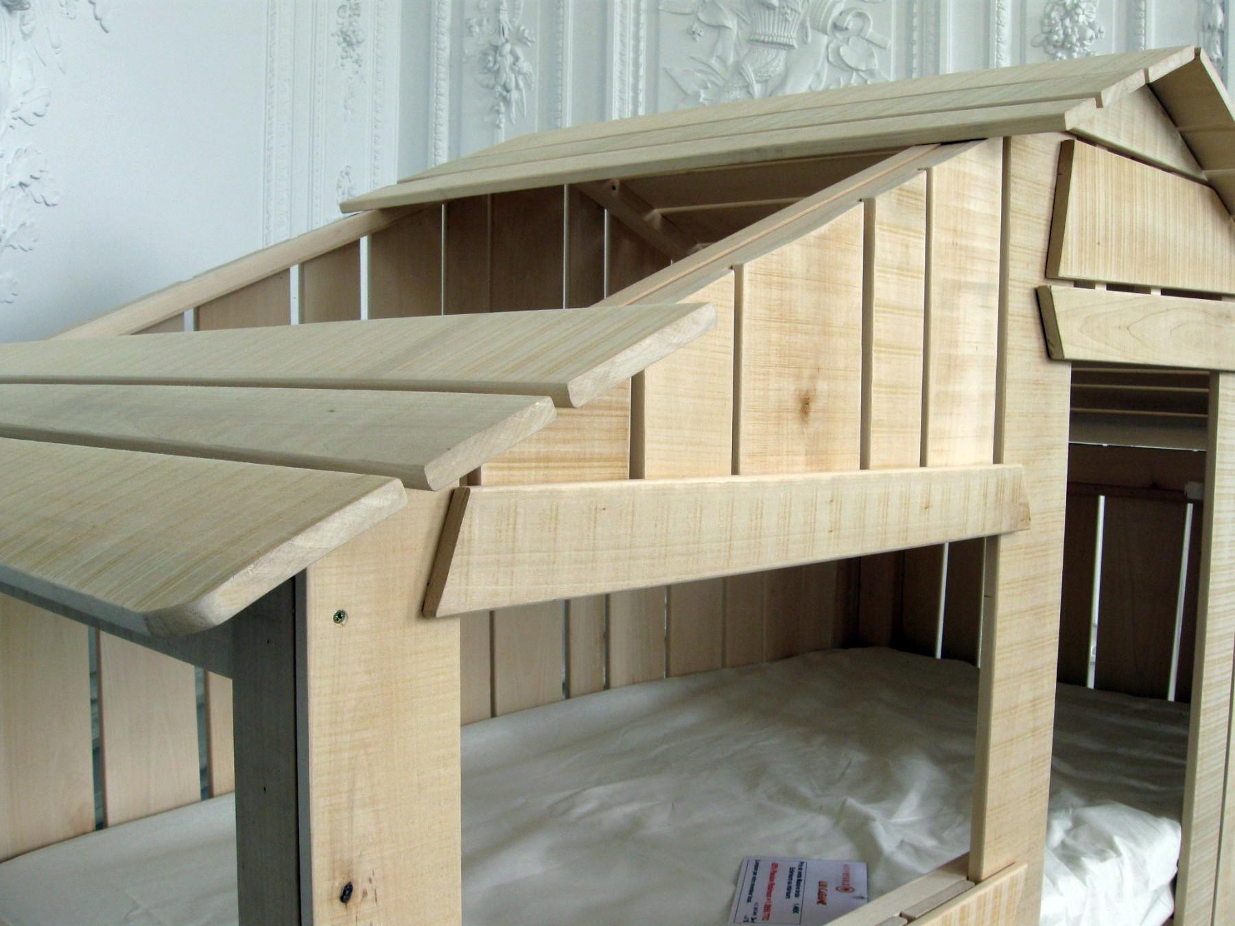 lit cabane enfant double couchage en bois vernis naturel