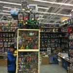 Wizard World CLE 2016 - Hulk Toys