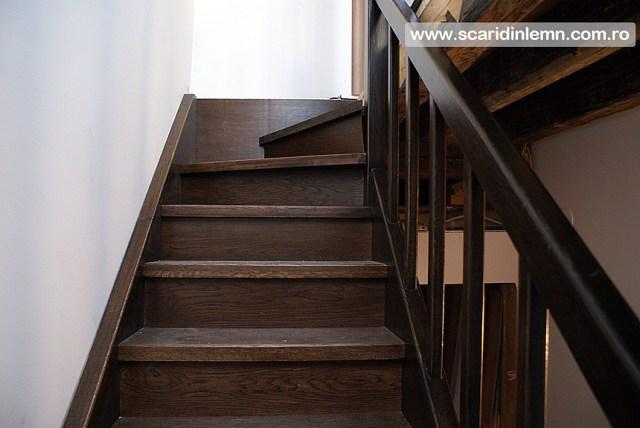 scara interioara de lemn masiv balustrii mana curenta trepte pret calitate design proiectare