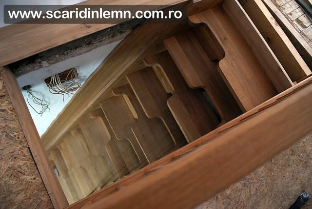 scara interioara din lemn masiv, cu trepte pas conditionat, economica