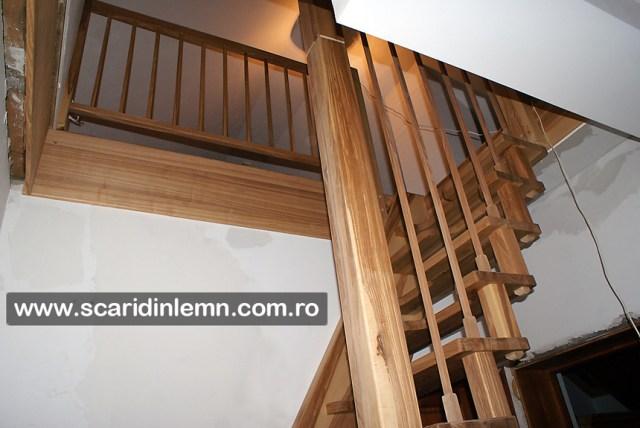 scari interioare din lemn masiv pret cu vang si trepte economice cu pas conditionat