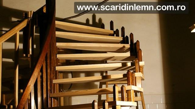 atelier tamplarie scari interioare din lemn cu trepte de lemn suspendate pe corzi pret oferta