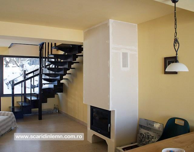 scara interioara de lemn masiv modulara mana curenta balustrii din lemn preturi calitate design proiectare
