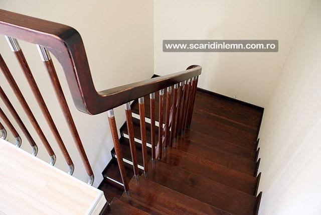 scari interioare de lemn placare trepte din lemn masiv balustrii cu terminatii de inox preturi proiectare